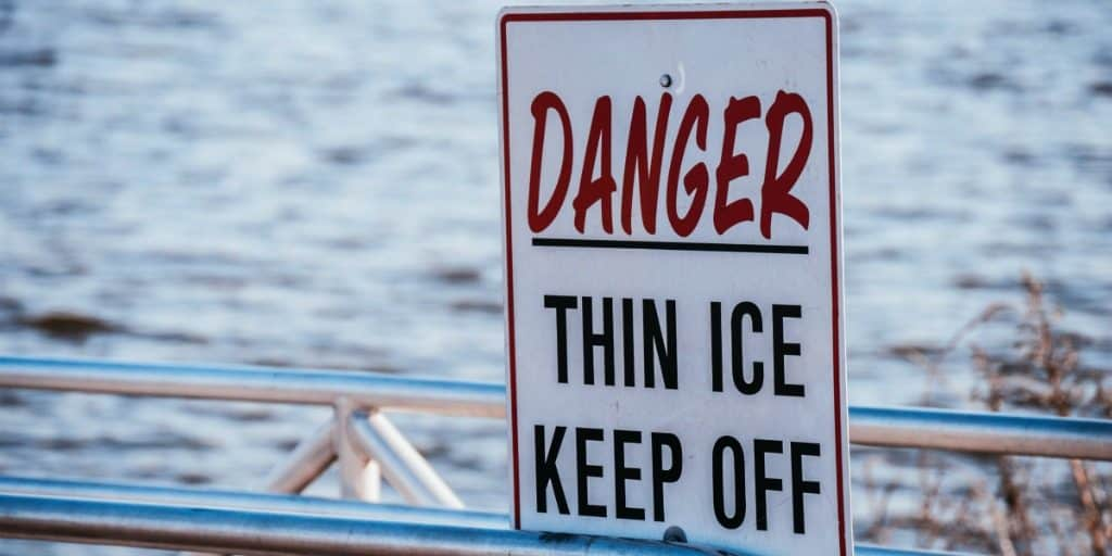 danger then ice keep off sign